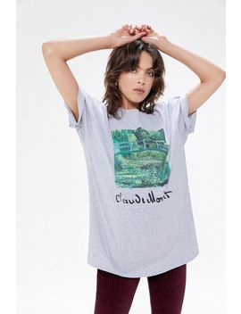 Claude Monet Water Lily Pond Tee by Urban Outfitters