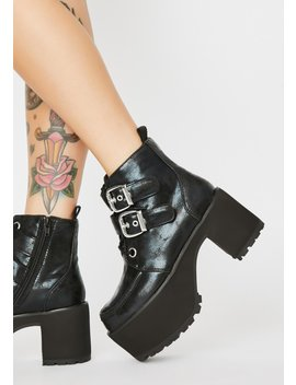 Nosebleed Buckle Boots by T.U.K.
