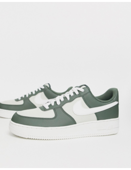 Nike Air Force 1 '07 Trainers In Green/Off White by Nike