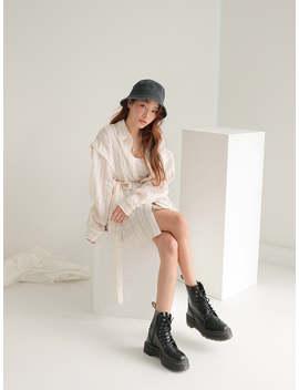 Flat Crown Bucket Hat by Stylenanda