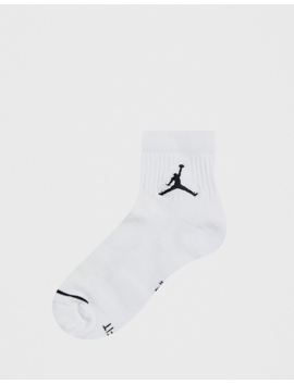 Nike Jordan 3 Pack Ankle Socks With Logo In White by Jordan