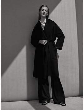 Handgefertigter Schwarzer Mantel Aus Wolle Und Kaschmir by Massimo Dutti
