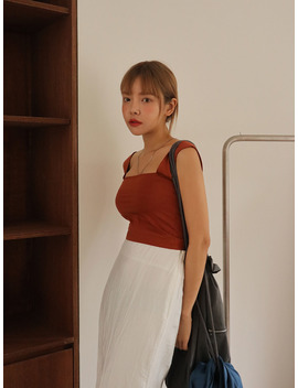 Square Neck Crop Sleeveless Top by Stylenanda