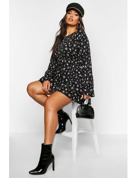 Plus Ditsy Floral Long Sleeve Smock Dress by Boohoo
