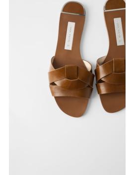 Chaussures Style Claquettes En Cuir À Brides EntrecroisÉes  Tout Voir Chaussures Femme by Zara