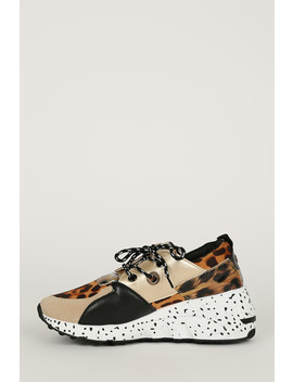 Contrast Panel Speckle Wedge Midsole Sneaker by Urbanog