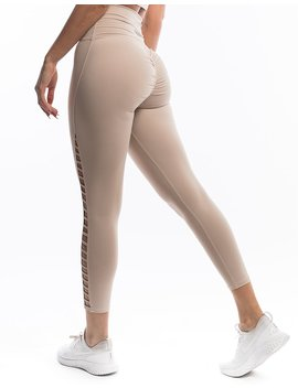 Echt Force Vent Scrunch Leggings by Echt