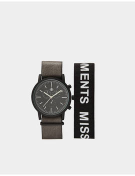 Analogue Watch With Interchangeable Strap by Bershka