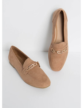 Link Twice Chained Loafer Flats by Go Jane