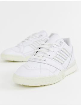 Adidas Originals – Weiße Sneaker, A R by Asos
