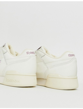 Reebok – Workout Lo Plus – Kreidefarbene Sneaker by Asos
