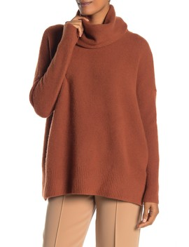 Cashmere Boxy Turtlneck Sweater by James Perse