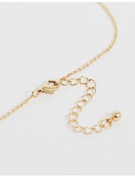 Asos Design – Goldfarbene Kette Mit Abstraktem Gesichtsanhänger by Asos