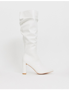 Boohoo 0 Exclusive – Kniehohe Stiefel In Weiß Mit Blockabsatz by Asos