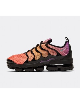 Air Vapor Max Plus Trainer | Bright Crimson / Reflective Silver / Black by Nike