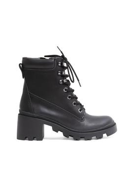 Dillan Black Synthetic by Steve Madden