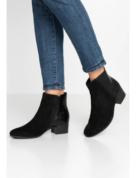 Wide Fit   Ankle Boot by Gabor