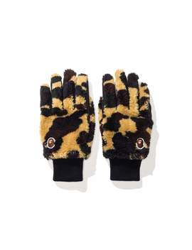 Bape 1 St Camo Boa Gloves by Undefeated