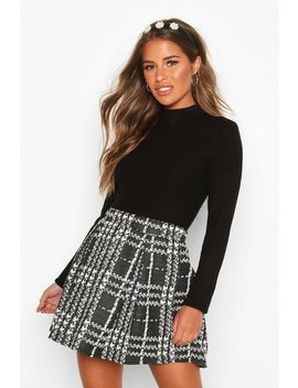 Petite Check Box Pleat Skater Skirt by Boohoo