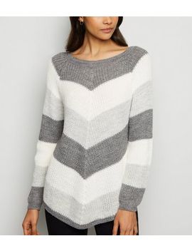 Cameo Rose Light Grey Chevron Jumper by New Look