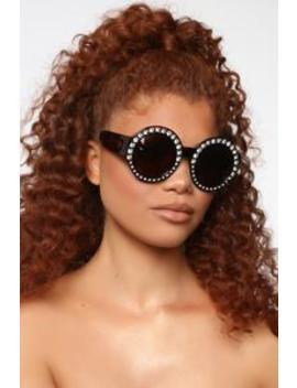 In The Zone Sunglasses   Tortoise by Fashion Nova