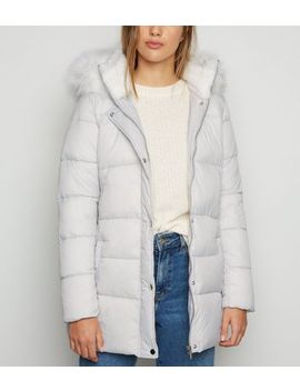 Urban Bliss Pale Grey Faux Fur Trim Puffer Jacket by New Look