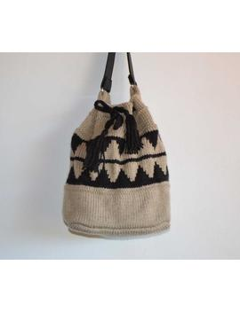 Knitted Bucket Bag Drawstring Bag Large Tan Beige Neutral Brown Lined Shoulder Bag African Geometric Pattern Chunky Yarn Vinyl Handle Vegan by Etsy