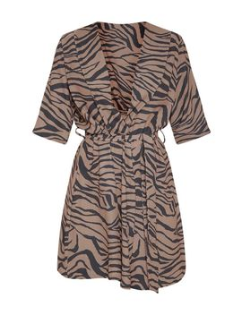 Beige Tiger Print Short Sleeve Tie Waist Tea Dress by Prettylittlething