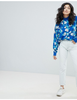 Weekday – Seattle – Mom Jeans by Asos