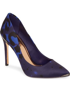 Iziie Pump by Ted Baker London