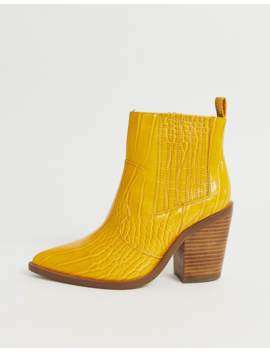 Asos Design – Elliot – Senapsgula Cowboyboots Med Krokodilskinnsimitation I Wide Fit by Asos Design