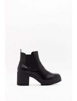 Pu Croc Chelsea Block Heel Boot by Nasty Gal
