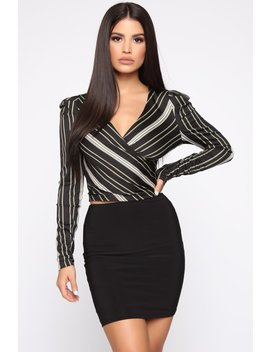I Run This Top   Black by Fashion Nova