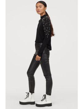 Pullover Mit Perlenstickereien by H&M