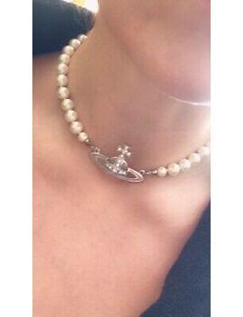 <Span><Span>Genuine Vivienne Westwood Pearl Choker Necklace</Span></Span> by Ebay Seller