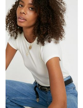 Uo Ribbed Baby Tee by Urban Outfitters