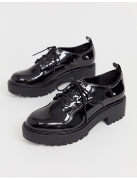 New Look Chunky Hiker Lace Up Flat Shoes In Black by New Look