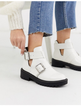 River Island Flat Anke Boots With Cut Outs In White by River Island