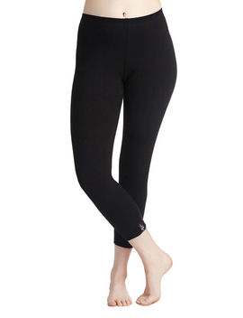 Simple And Sleek Capri Leggings by Modcloth