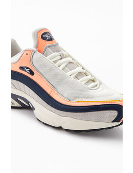 Reebok Cream & Navy Daytona Dmx Shoes by Pacsun