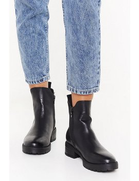 Cleated Pu V Gusset Chelsea Boots by Nasty Gal