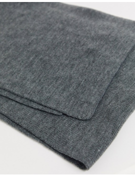jack-&-jones-knitted-scarf-in-grey by jack-&-jones
