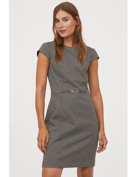Knielanges Kleid by H&M