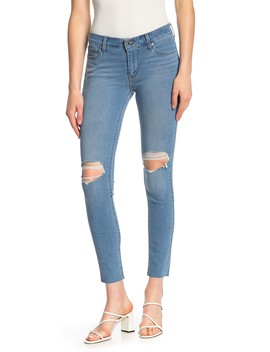 711 Distressed Stretch Skinny Jeans by Levi's