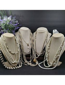 Mamas Estate Vintage Now Faux Pearl Fashion Costume Necklace Lot Assorted Fn1 30 by Estate