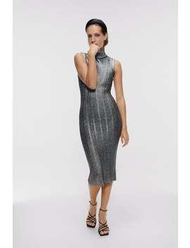 Kjole Med Metalleffekt Se Alle Kjoler Dame by Zara