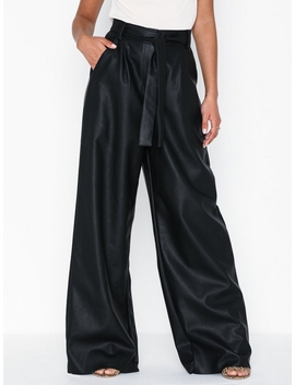 Loose Pu Pants by Nly Trend