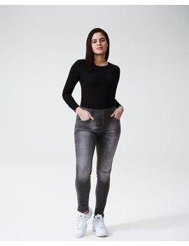 Logan High Rise 5 Pocket Vintage Jeans by Universal Standard