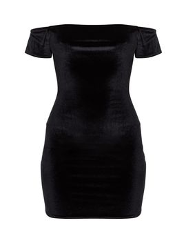 black-velvet-short-sleeve-bardot-bodycon-dress by prettylittlething