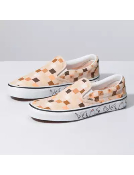 breast-cancer-awareness-slip-on by vans
